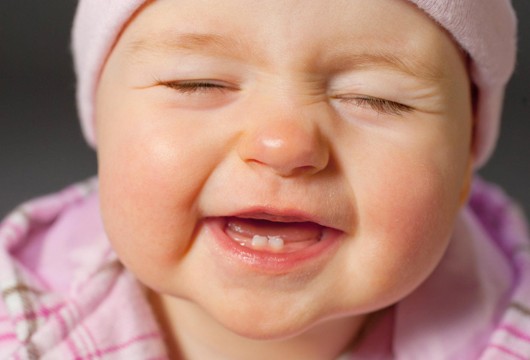 Kujdesi për dhëmbët e bebit